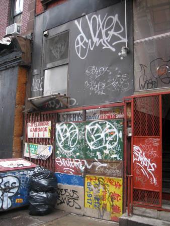 Eldridge St graffiti